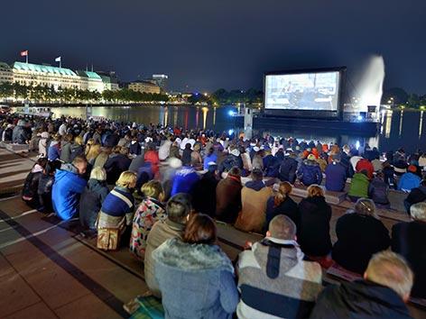 Binnenalster Filmfest Programm GALLERIA Passage Hamburg