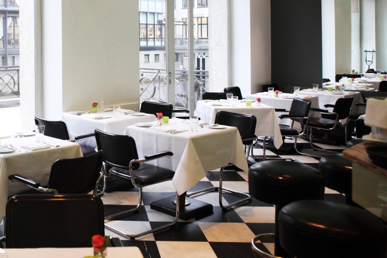 Petit Delice in der GALLERIA Passage Hamburg Gastronomie Alexander Iwer.