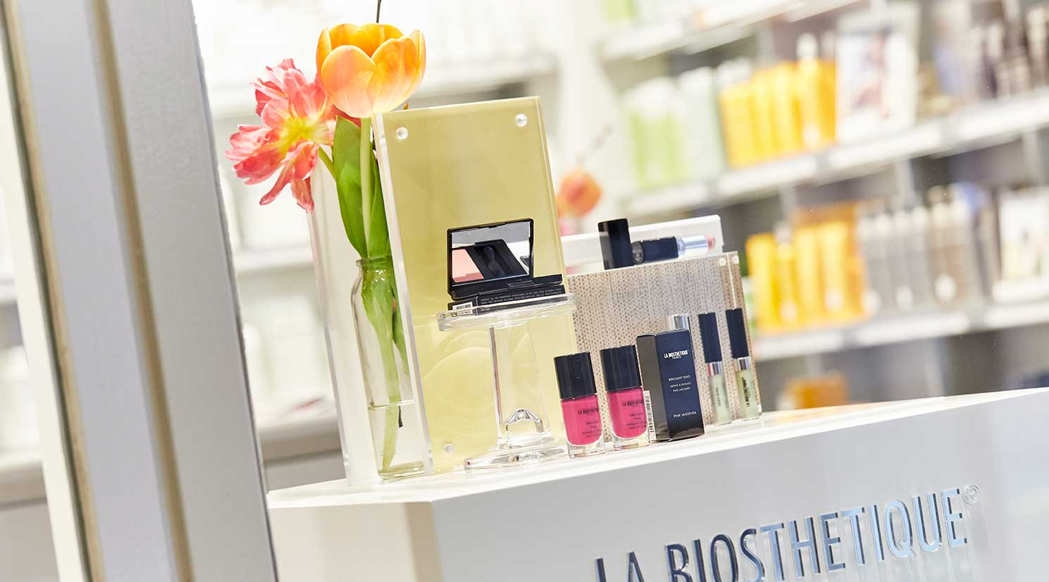 Sevensenses GALLERIA Passage Hamburg La Biosthetique Store