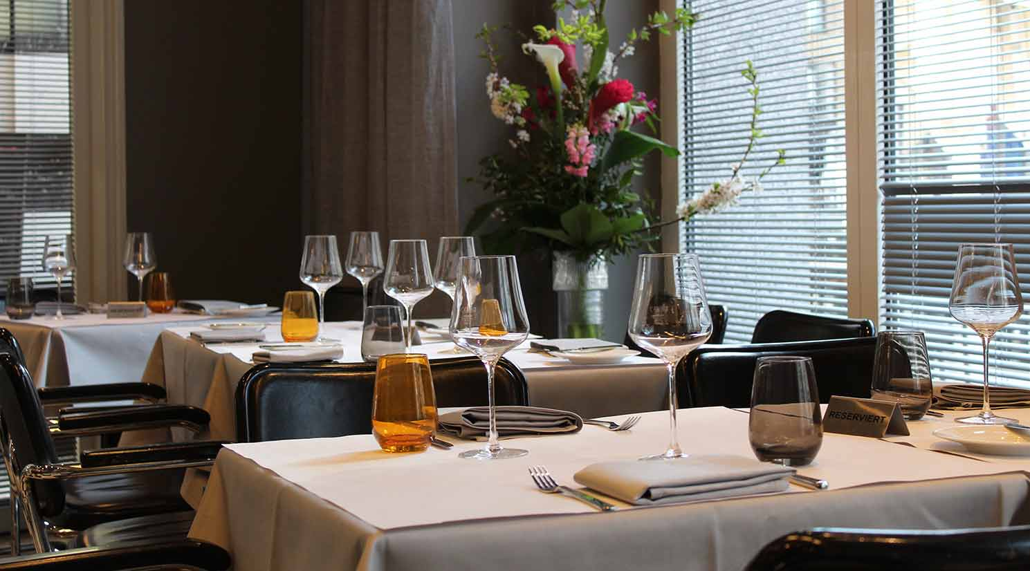 Petit Delice Henssler GALLERIA Passage Restaurant