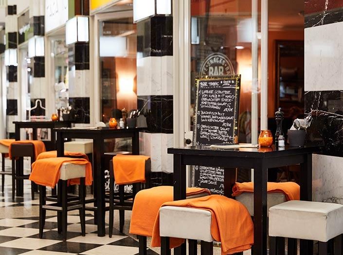 Cafe Hamburg Bar Tabac Cappuccino GALLERIA Passage