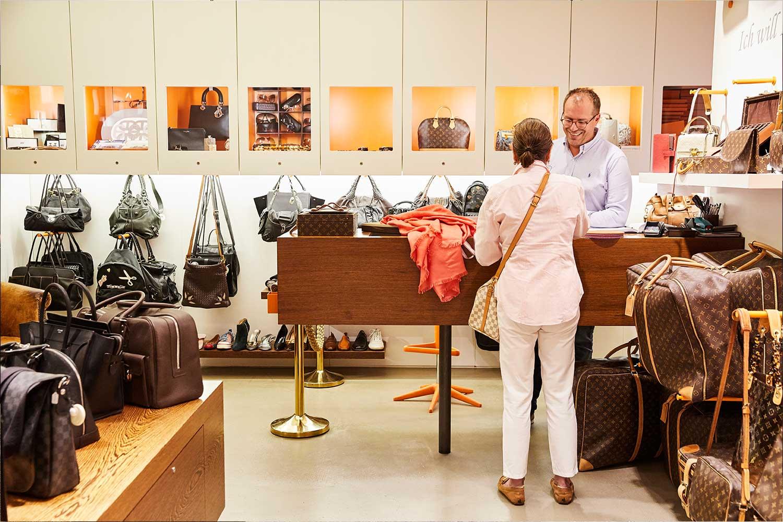 Otten von Emmerich GALLERIA Passage Hamburg Luxuswaren