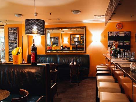 Bar Tabac französisches Flair in der GALLERIA Hamburg